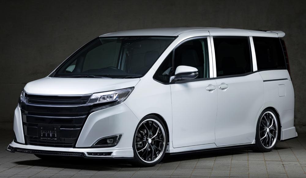 TOYOTA NOAH X MC後 GRACE LINEゼウス エアロドレスアップ新車 Front
