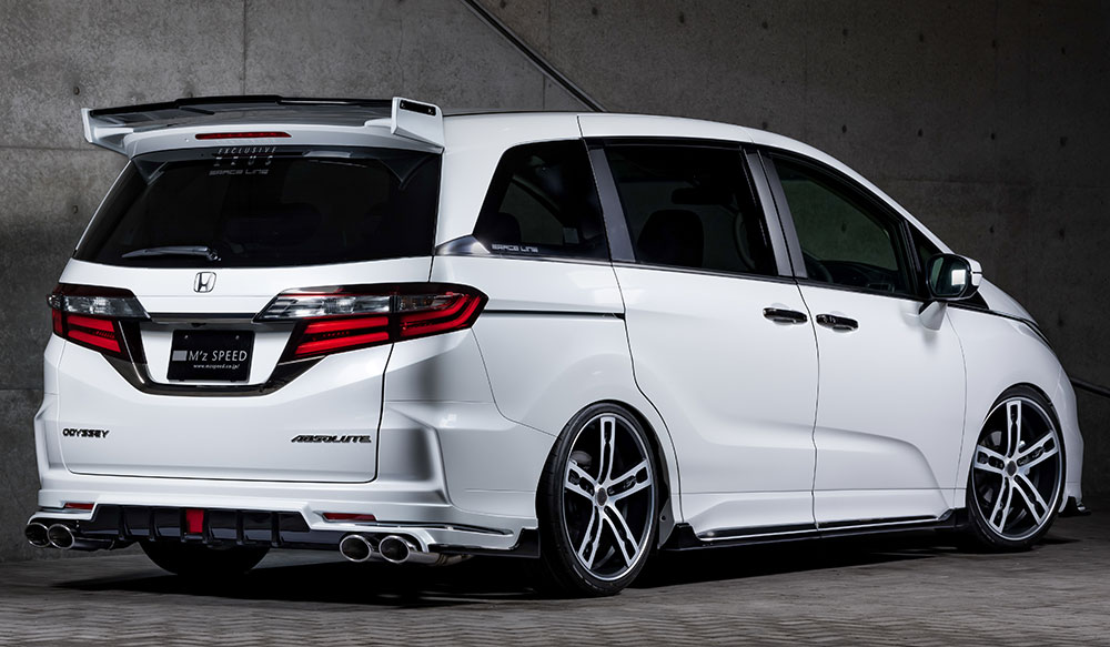 HONDA ODYSSEY ABSOLUTE GRACE LINEゼウス エアロドレスアップ新車 Rear