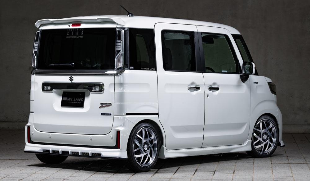 SUZUKI Spacia Custom GRACE LINEドレスアップ新車 Rear
