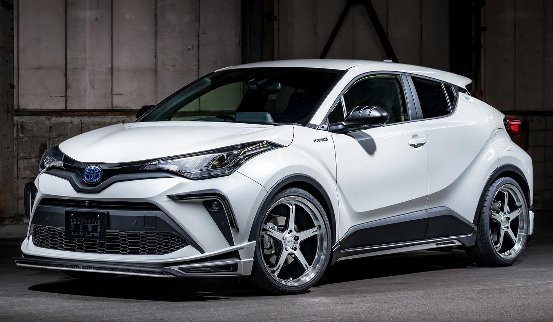 TOYOTA C-HR LUV LINEゼウス エアロドレスアップ新車 Front