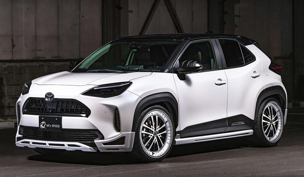 TOYOTA YARIS CROSS LUV LINEゼウス 新車カスタムコンプリートカー Front