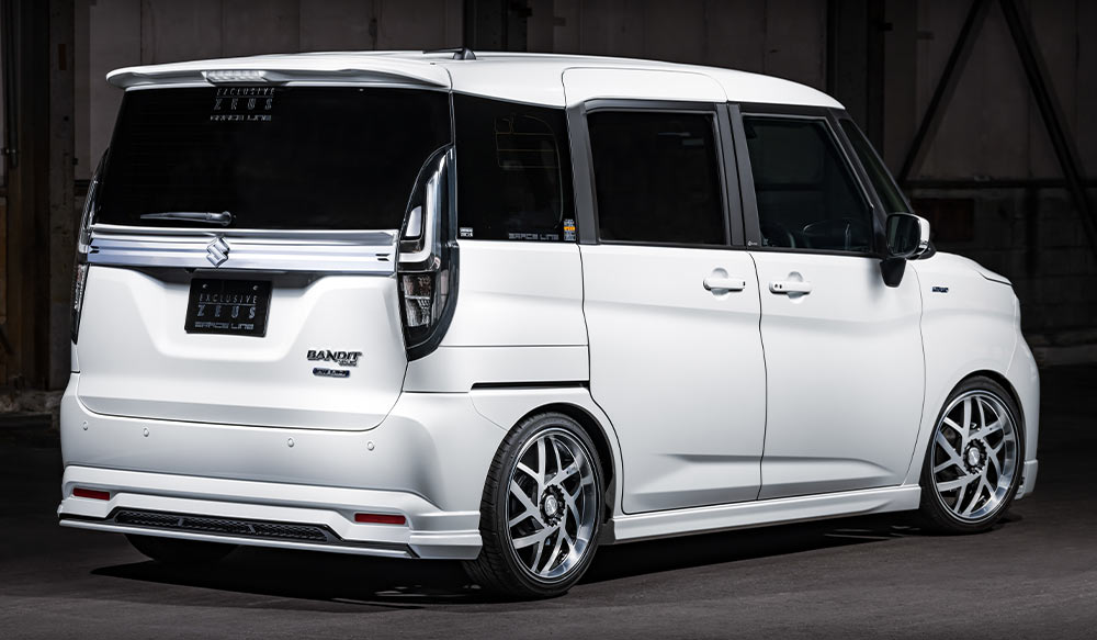 SUZUKI SOLIO BANDIT GRACE LINEゼウス エアロドレスアップ新車 Rear